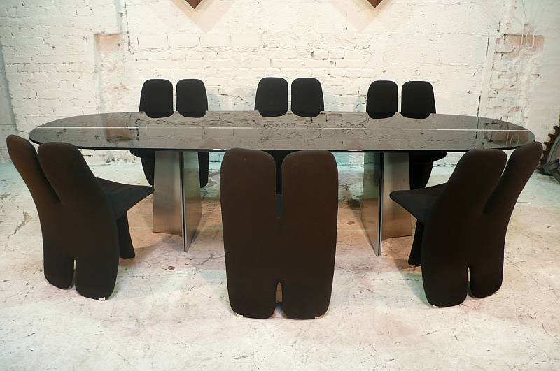 A Large 1970s Dining Table And Six Chairs By L Saccardo For Arrmet Kreutzer Furniture Design